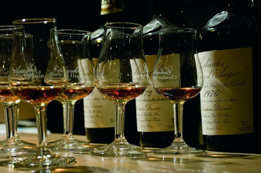 Calvados Christian Drouin Pays d'Auge Distillerie